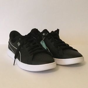 Women's Puma Vikky V2 Sneakers 6.5 NWOT Black